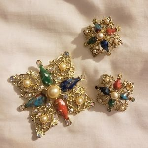 Sarah Coventry brooch clip on earrings
